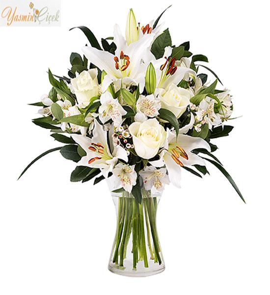 Masum Aşk; Lilyum Beyaz Güller