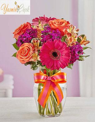 Hayatın bin bir rengi çiçekler